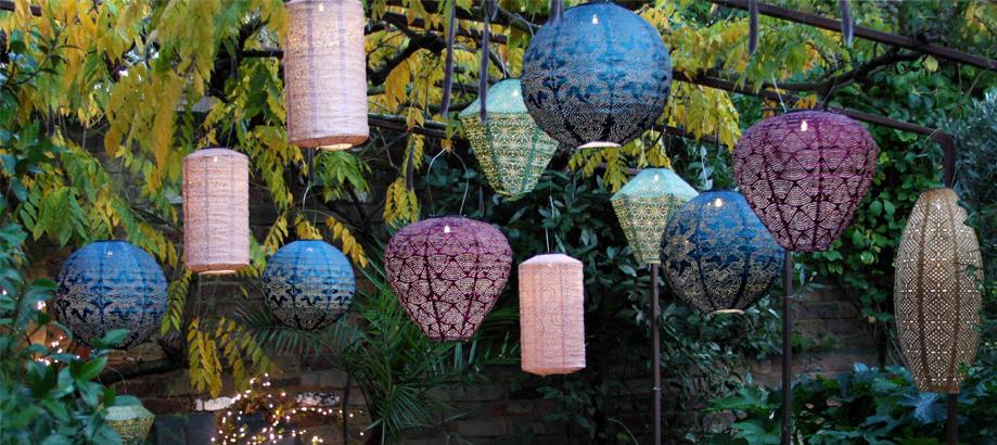 Header_cat-image-lighting-solar-lighting-paper-lanterns