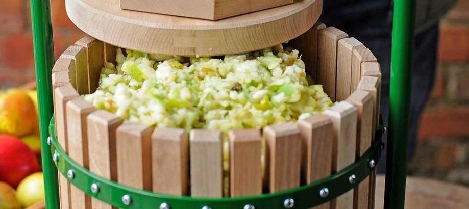 Header_for-the-gardener-orchard-apple-press