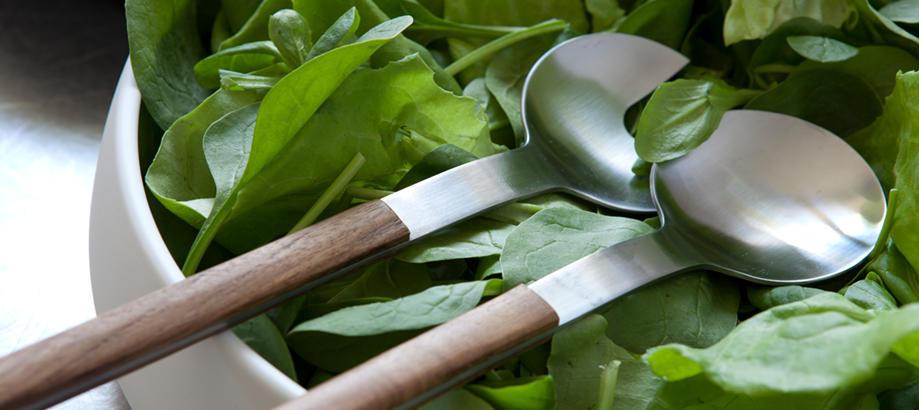 Header_alfresco-living-table-linen-and-essentials-nordic-salad-servers