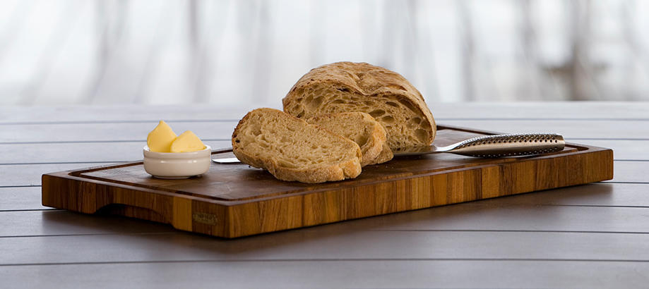 Header_alfresco-living-alfresco-food-prep-teak-chopping-board
