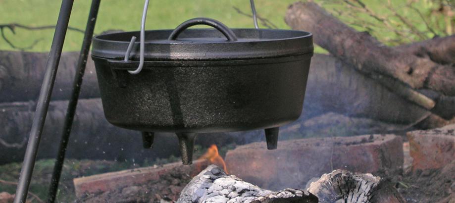 Header_alfresco-living-autumn-party-dutch-oven