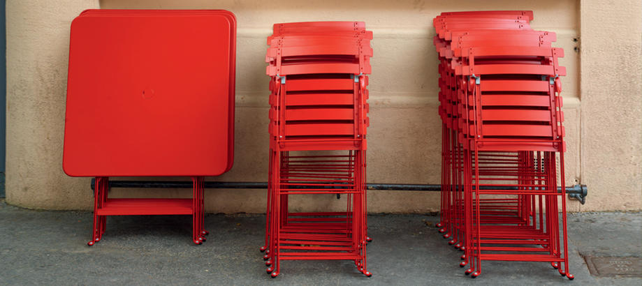 Header_outdoor-furniture-folding-tables-bistro-table