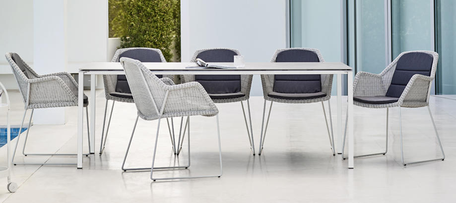 Header_outdoor-furniture-breeze-collection-breeze-dining