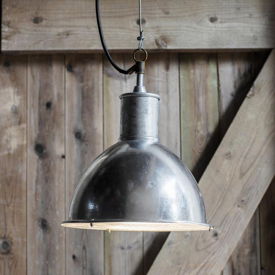 Outdoor Industrial Pendant Light