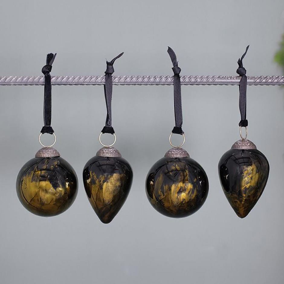Black Lustre Glass baubles