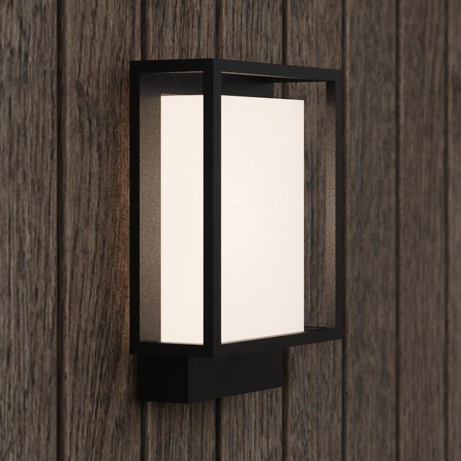 Nestor Outdoor Wall Light