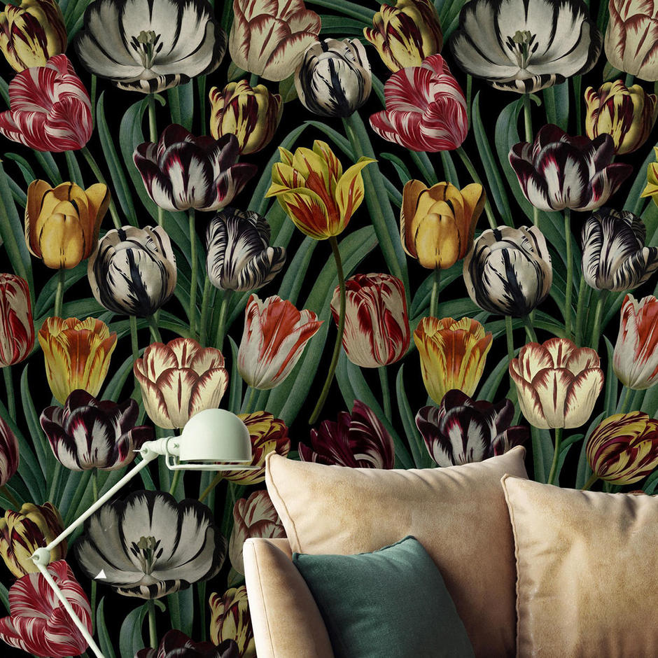 Tulips Feature Wallcovering
