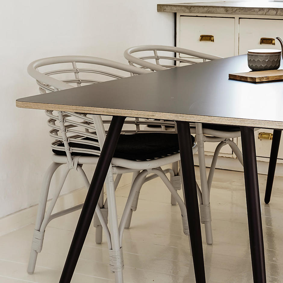 Turn Indoor Dining Table Top