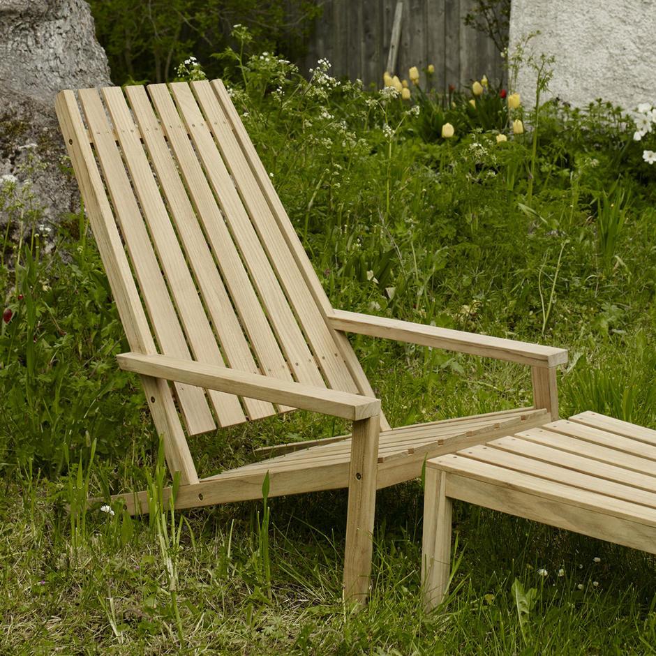 Between Lines Deck Chair