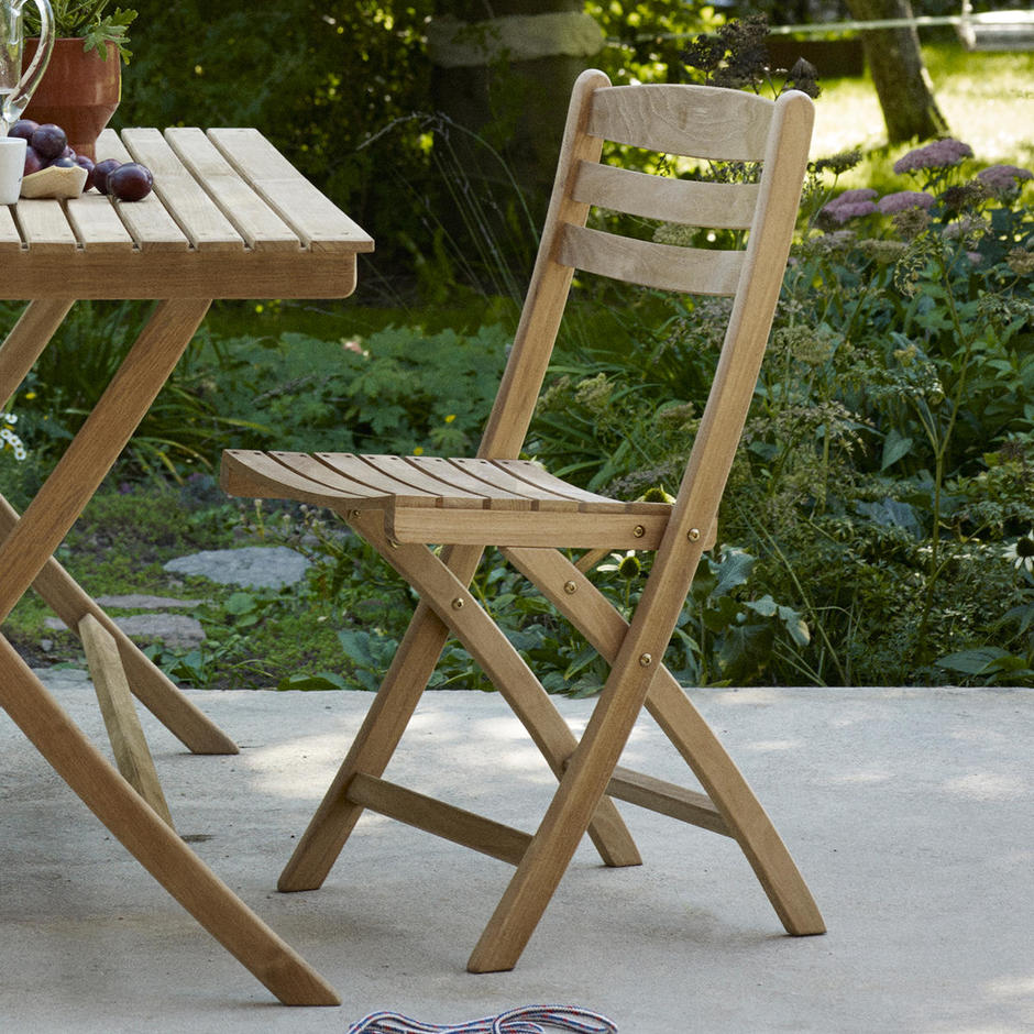 Selandia Folding Dining Chairs