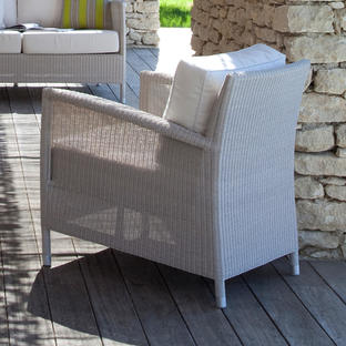 Safi Outdoor Lounge Chair