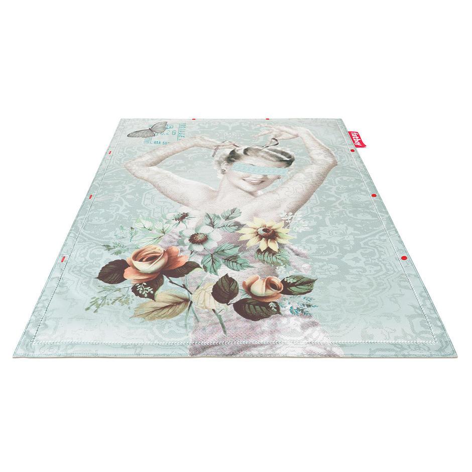 Outdoor Non Flying Carpet - No Vase