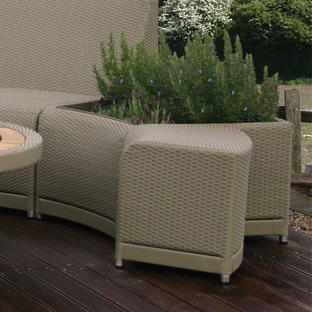 Oasis Outdoor Curved Modular Planter