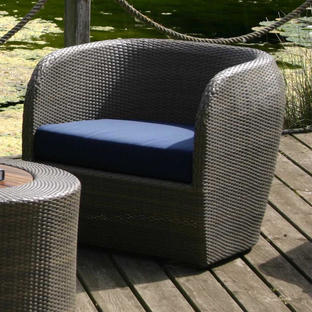 Tubby Outdoor Lounge Chair