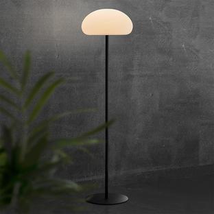 Sponge 34 Outdoor Standard Lamp