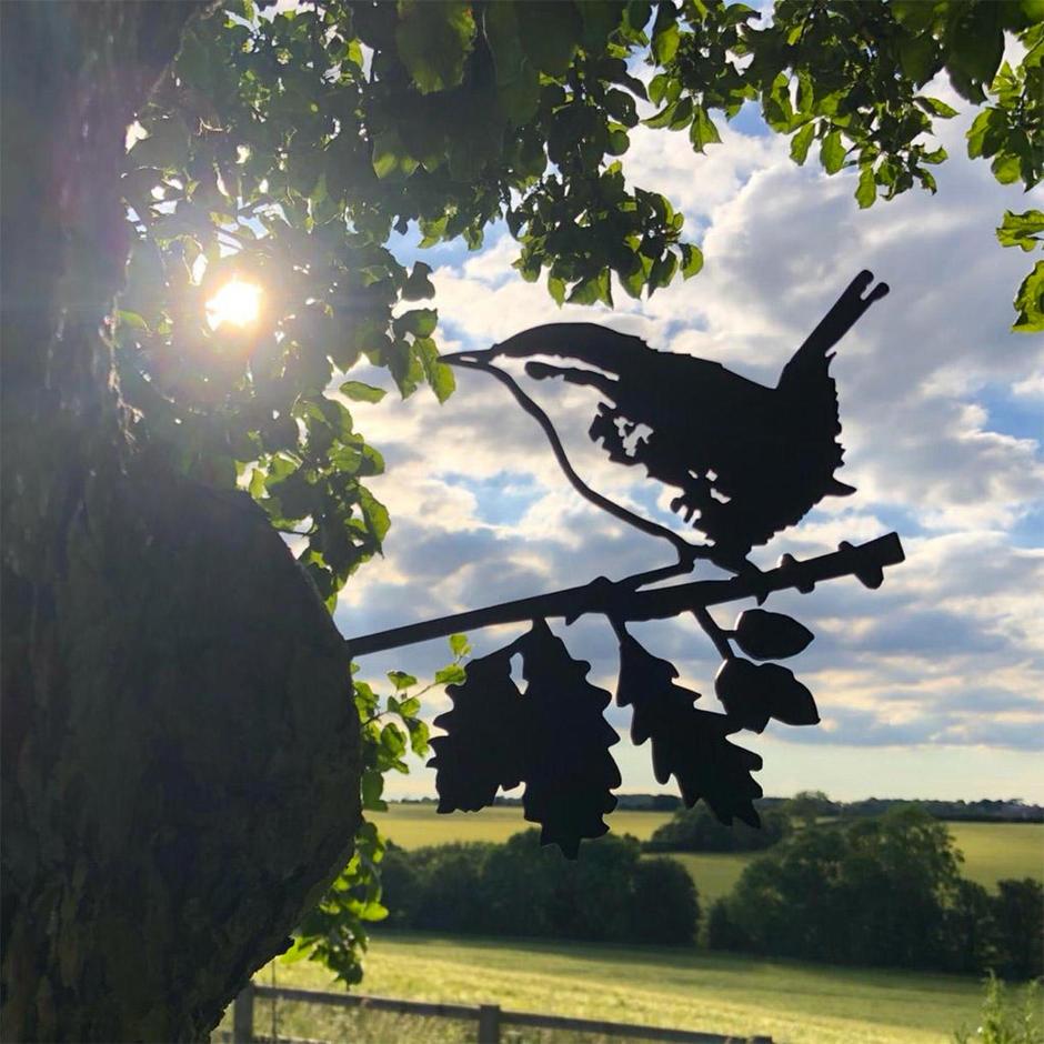 Metalbird Wren Silhouette