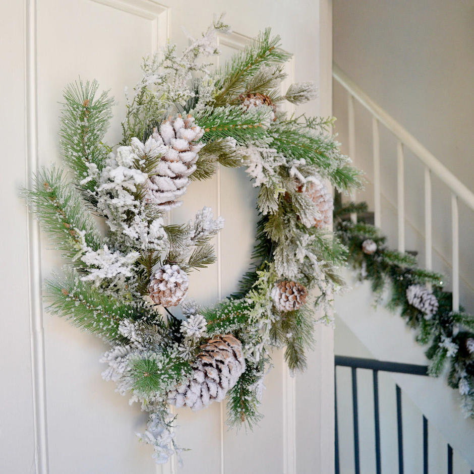 Large Snowy Tipped Pine Wreath with Pinecones