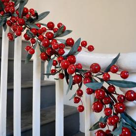 Cranberry and Olive Leaf Garland
