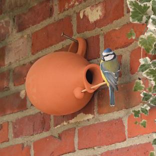 Small Bird Pot Nester