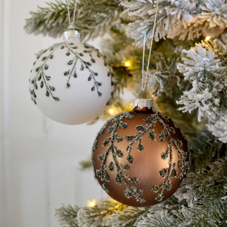 Frosty Winter Hedgerow Baubles