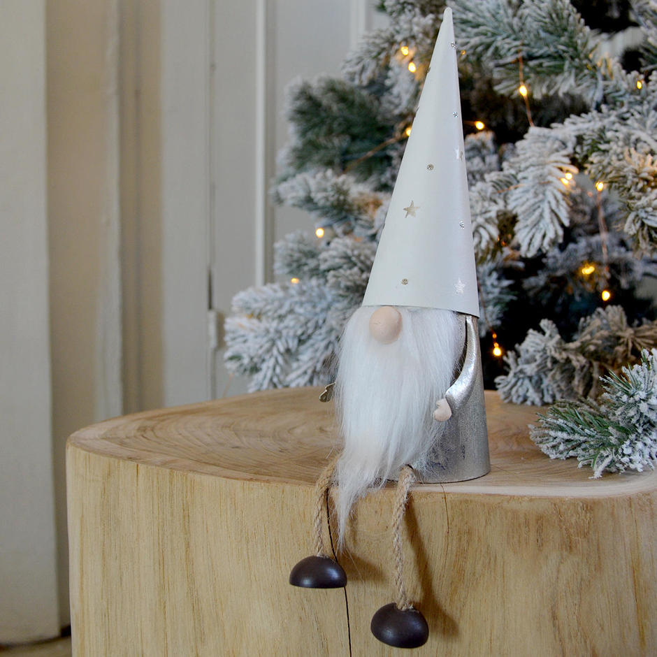 Sitting Silver Tomte Decoration
