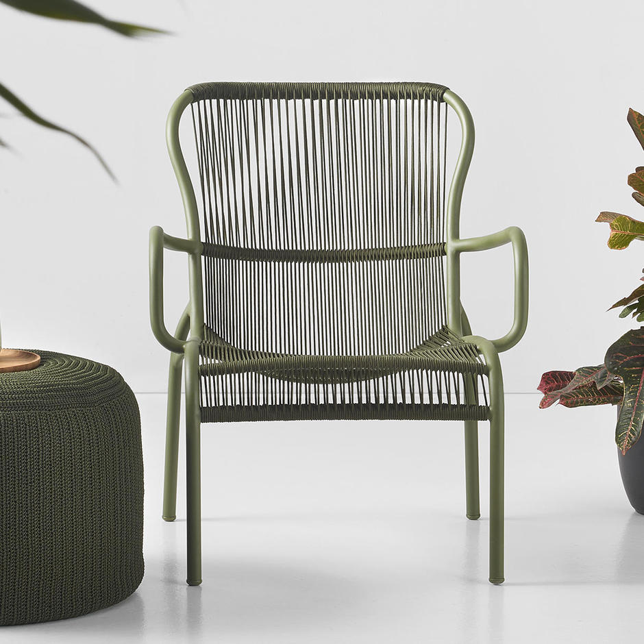 Home_main_vincent-sheppard-loop-lounge-chair-otto-moss