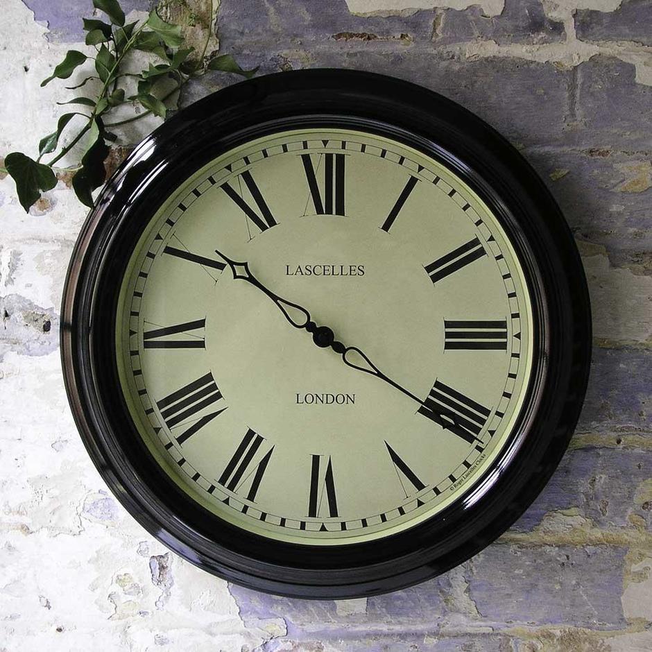 Lascelles Outdoor Station Clock