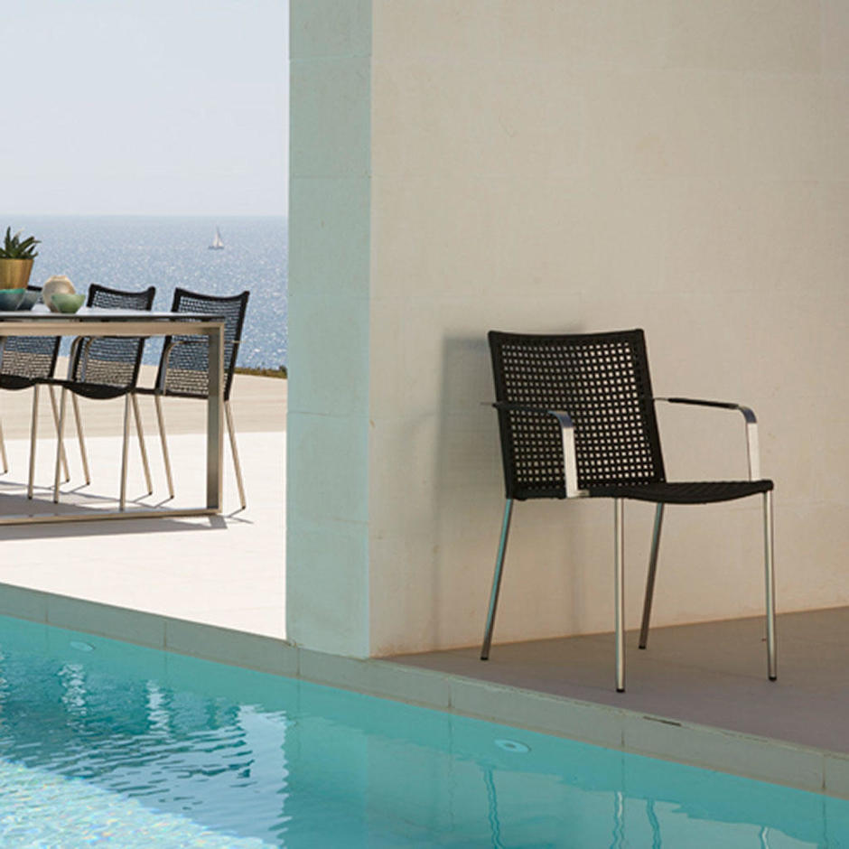 Straw Outdoor Dining Chair