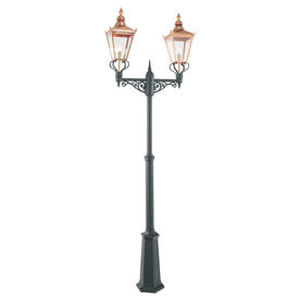 Chelsea Grande Outdoor Post Lanterns