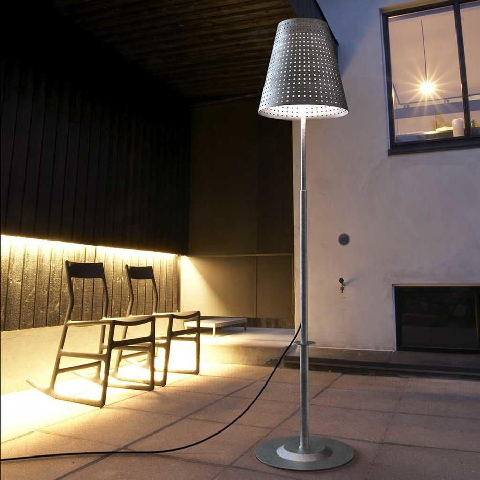 Fuse Outdoor Complete Lamp