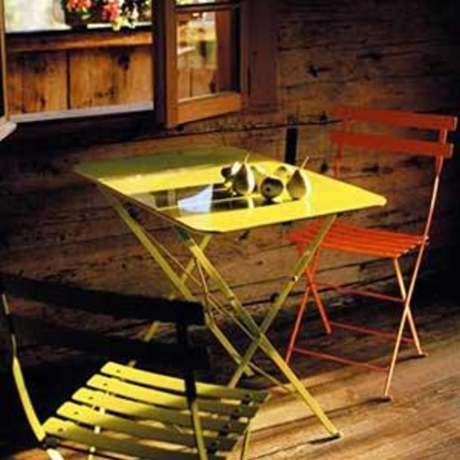Bistro 77x57 Table