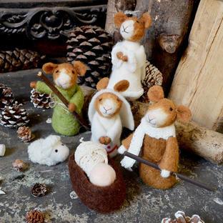 Nativity Scene Felt Mice