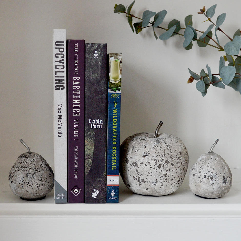 Stone Cast Pear