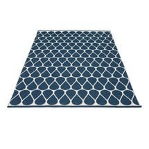 Otis - Ocean Blue/Vanilla - 180 x 275