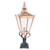 Chelsea Grande Pedestral Lantern